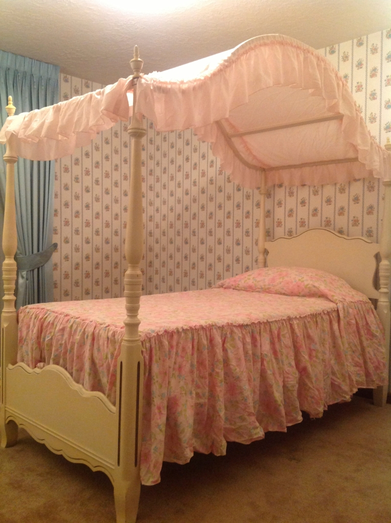 domestic-interior-detail-personal-object-childhood-bed
